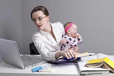Декретные выплаты и пособие по уходу за ребенком